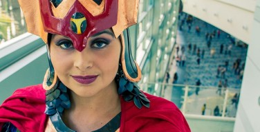 Golden Lasso Cosplay Big Barda