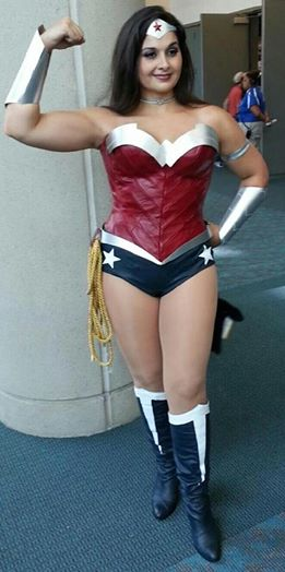 Wonder woman the golden lasso the power of the dc universe solutioingenieria Image collections